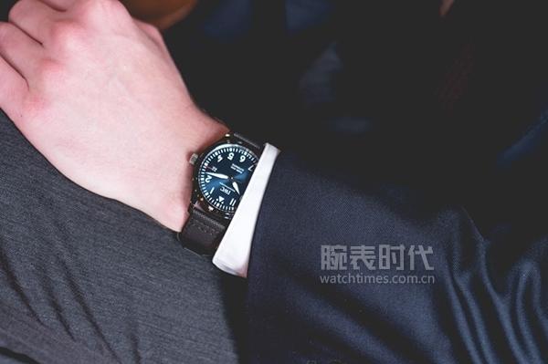 不到5万,万国马克十八蓝黑陶瓷限量版