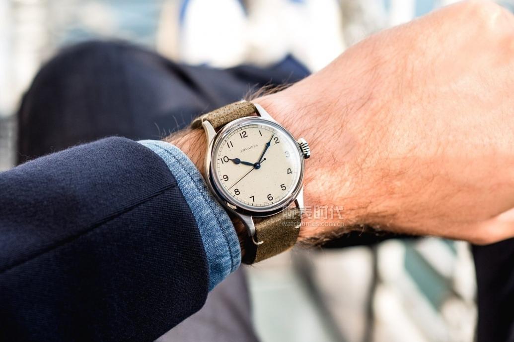 6让人不知如何选择的三款高颜值浪琴复刻三针腕表