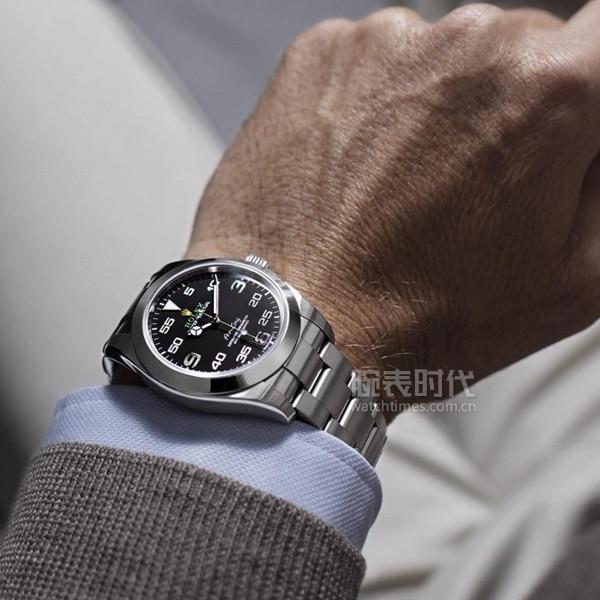 这个冬季,你是戴钢带还是皮带手表?