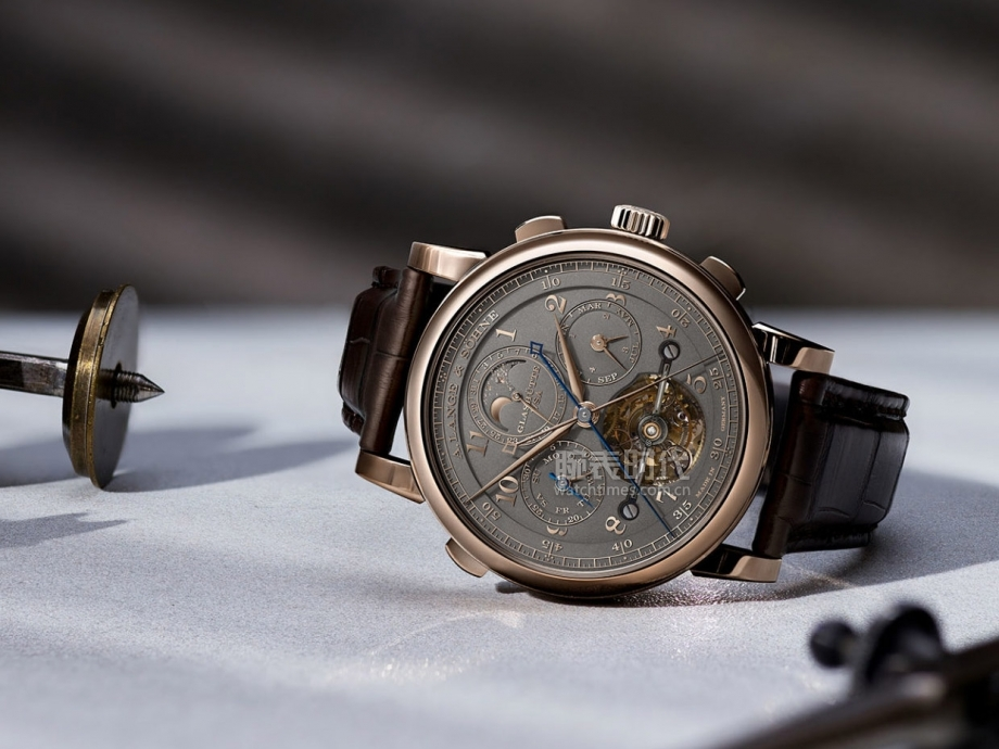 lange-homage-175th-tourbograph-perpetual-honeygold-6-1536x1152