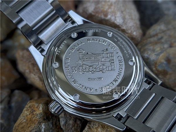 玩夜光的,我不允许你还不知道这款腕表