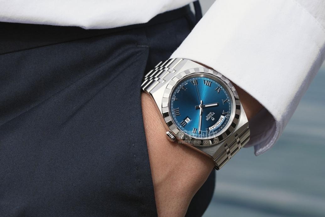 """65萬以內的六款""""雙高""""2020藍色腕表盤點"""