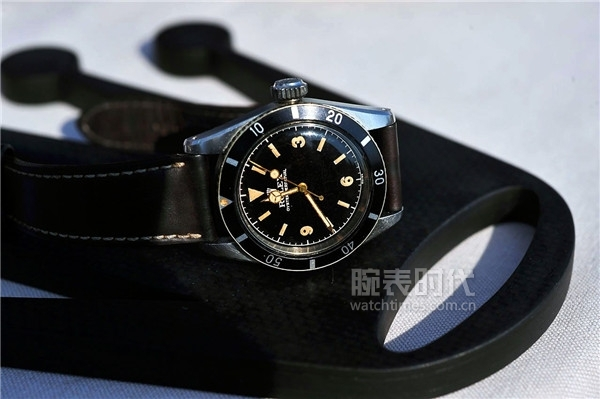Passion-2011-Rolex-Submariner-Reference-6200-Strap