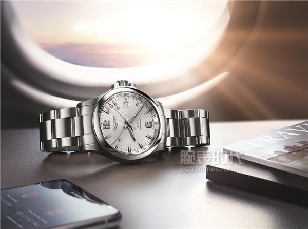 浪琴表康卡斯系列V.H.P.GMT光感设置腕表-L3.728.4.76.6_情景图
