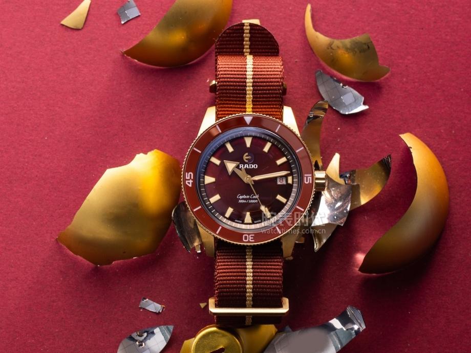 雷达Captain Cook库克船长勃艮第红青铜腕表