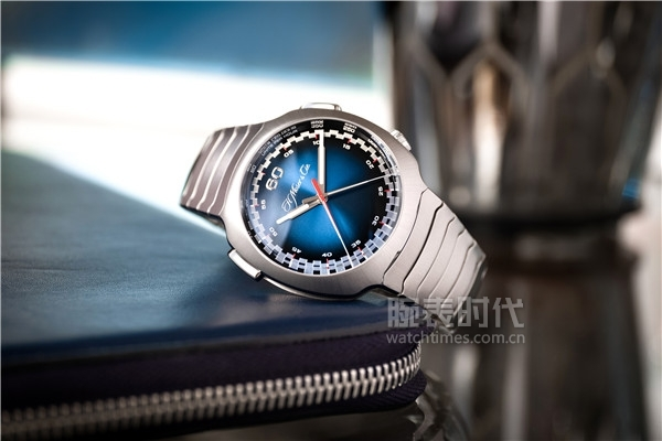 Streamliner Flyback Chronograph Automatic Funky Blue_6902-1201_Lifestyle_03