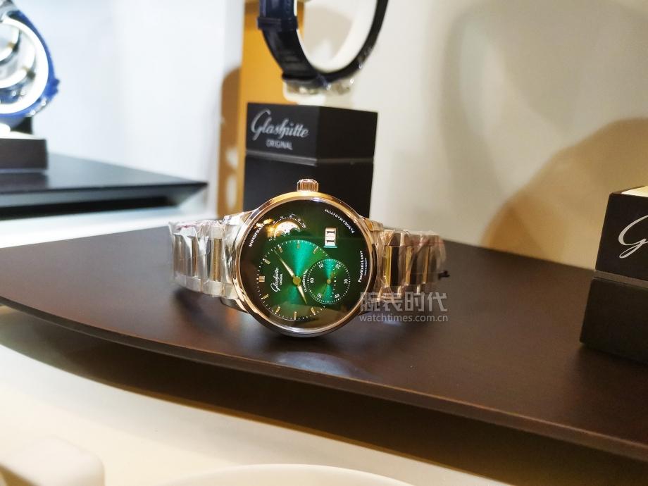 格拉蘇蒂原創的所有2020新款腕表中,還是它最顯眼