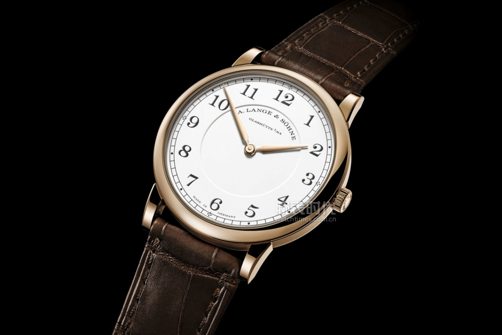 lange-homage-175th-1815-thin-honeygold-1-1536x1024