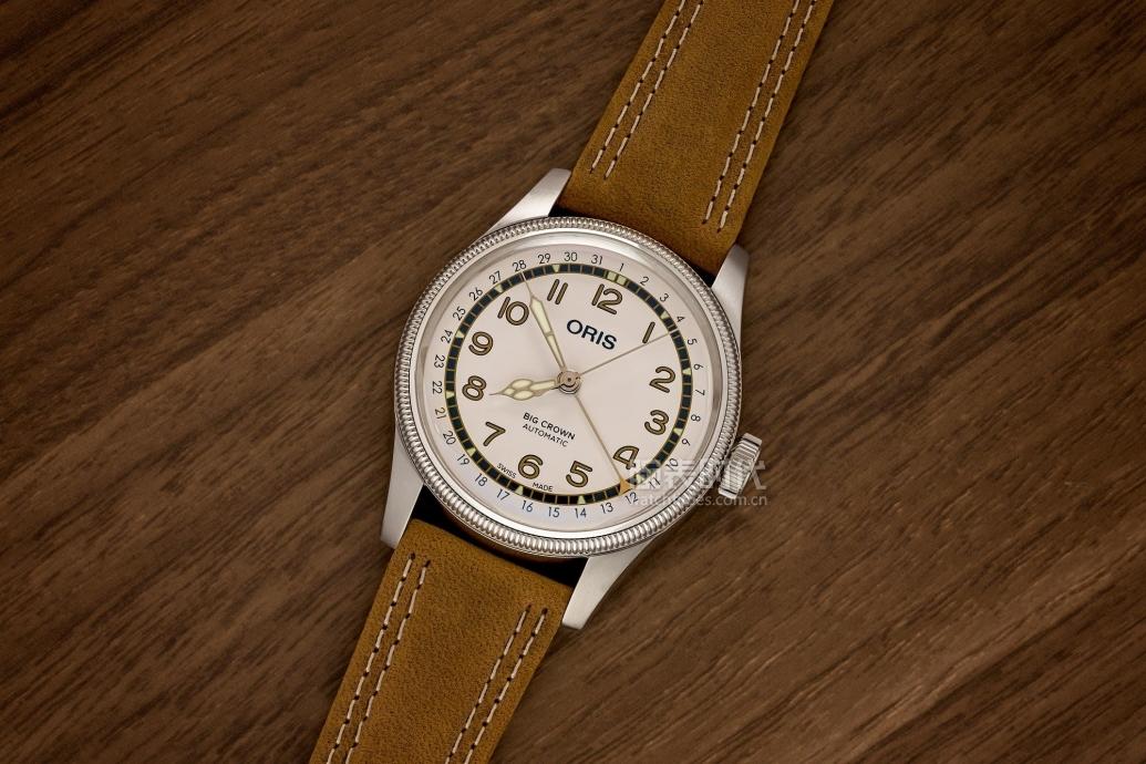 我不关心棒球,但很想要豪利时 Roberto Clemente 限量版腕表