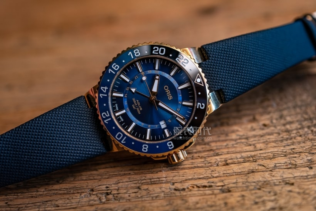 10萬以上,2020新款藍盤腕表盤點
