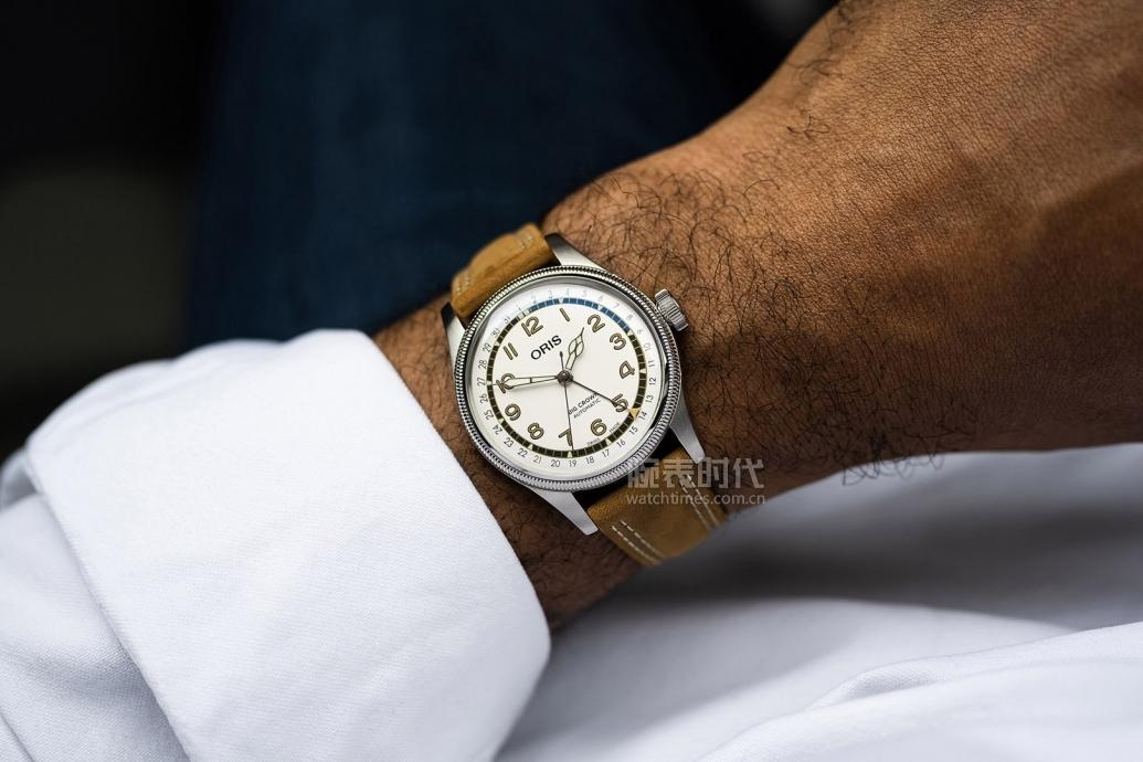 我不關心棒球,但很想要豪利時 Roberto Clemente 限量版腕表