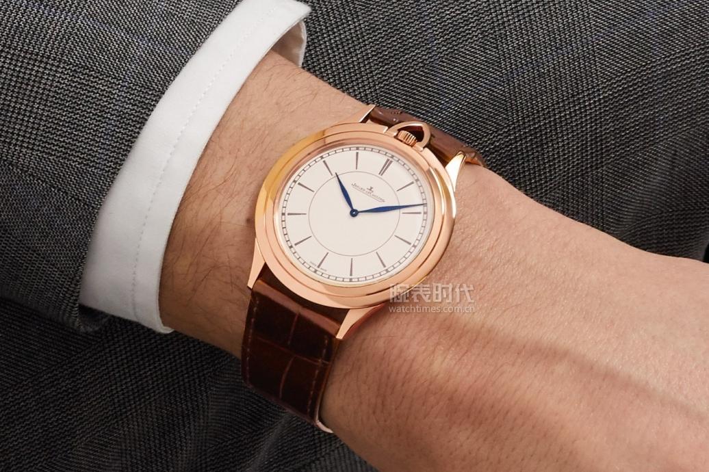 讲真,积家新款王者之刃是20万档颜值最高的超薄腕表