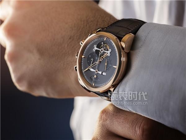 帕瑪強尼全新通達系列 (Tonda Collection) Tondagraph Tourbillon腕表