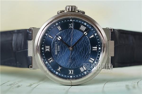 另辟蹊径的潜水表 宝玑航海系列5517腕表