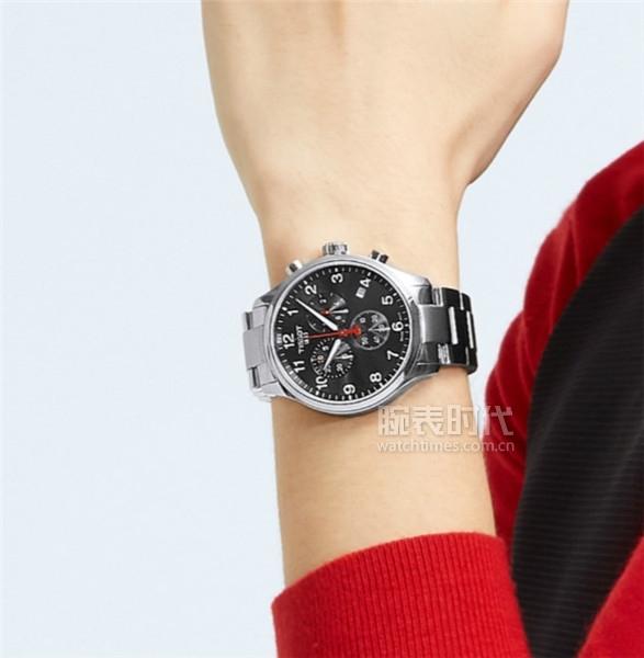 图13:天梭速驰系列亚运会特别款腕表
