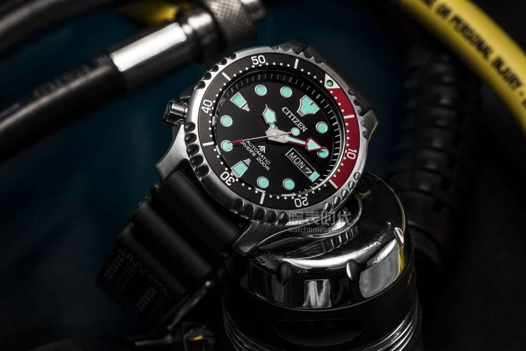 Citizen-Promaster-Mechanical-Diver-NY0087-13EE-50-years-Europe-1