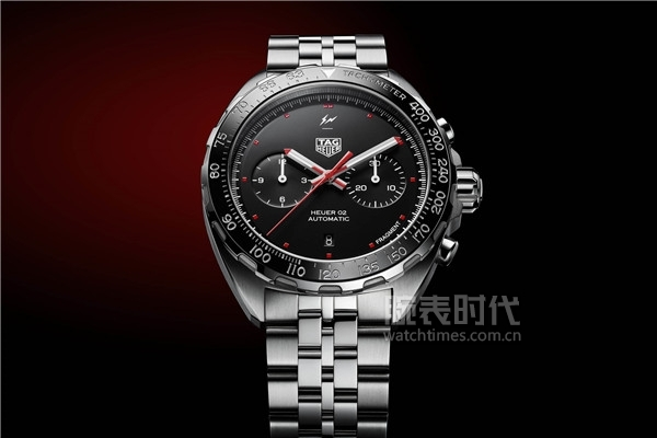 TAG-Heuer-x-Fragment-Design-Calibre-Heuer-02-Automatic-Chronograph-1