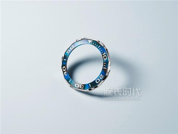 泰格豪雅競潛系列玳瑁紋自動腕表(藍色款)_WAY201P.FT6178_表圈圖