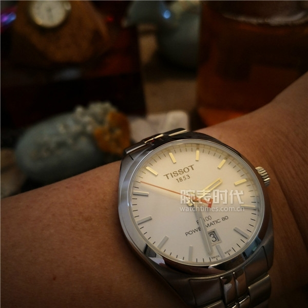 图9:天梭PR100系列亚运会特别款腕表实拍