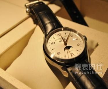 名士克里顿系列MOA10055手表