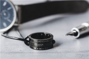 光之时计,风格趣致 NOMOS Glashütte 推出全新黑色日晷指环